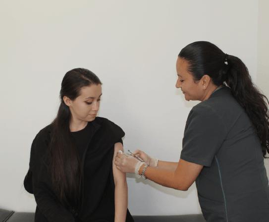 servicio de vacunacion fnc-8-min